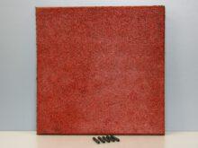 Rubbertegel 50x50x3 cm rood pen en gat