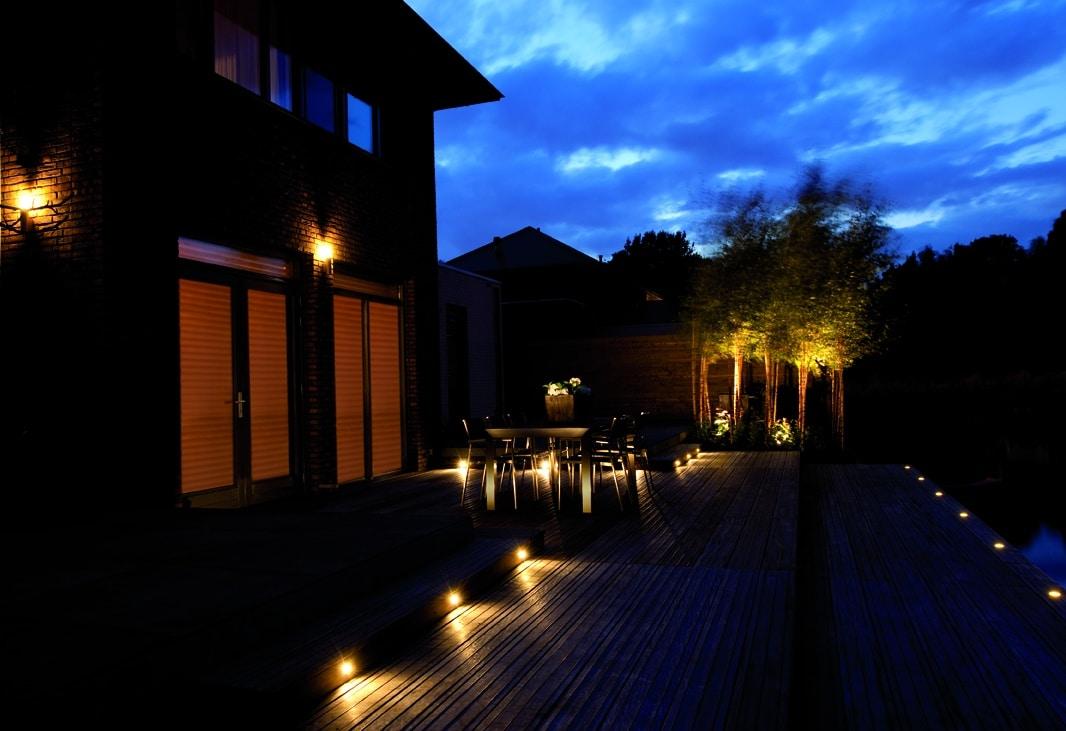welke tuinverlichting kan uw tuin sfeervoller maken van harn. Black Bedroom Furniture Sets. Home Design Ideas