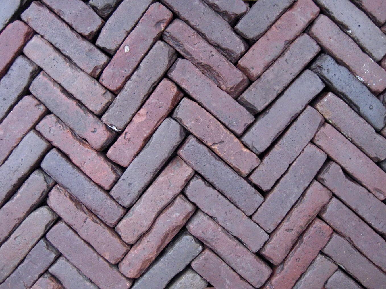 Oud gebakken Klinkers Waalformaat rood paars