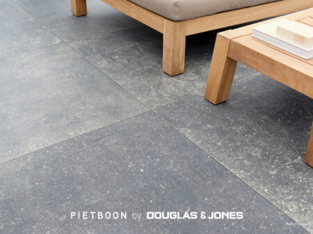 Vtwonen Piet outdoor BLACK Tile detail